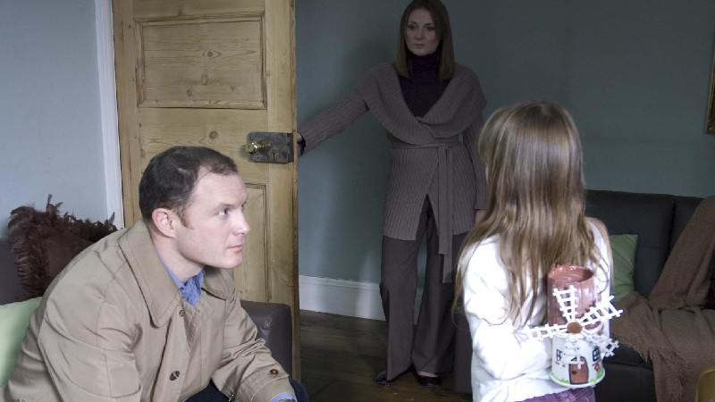 FATHER (William Tapley), MOTHER (Ruth Gemmel) & AMY (Molly Windsor)